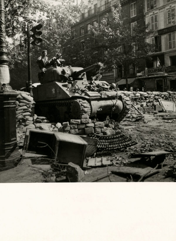 Boulevard Saint Michel Libération Paris SEEBERGER 1944 -Tirage Original 17x17cm