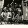 Jeunes Femmes à la Libération de Paris par SEEBERGER. Tirage Argentique Original 17x17 cm