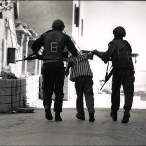 Arrest HEBRON Cisjordanie by David TURNLEY Vintage Print 1990 - 7.5x11in