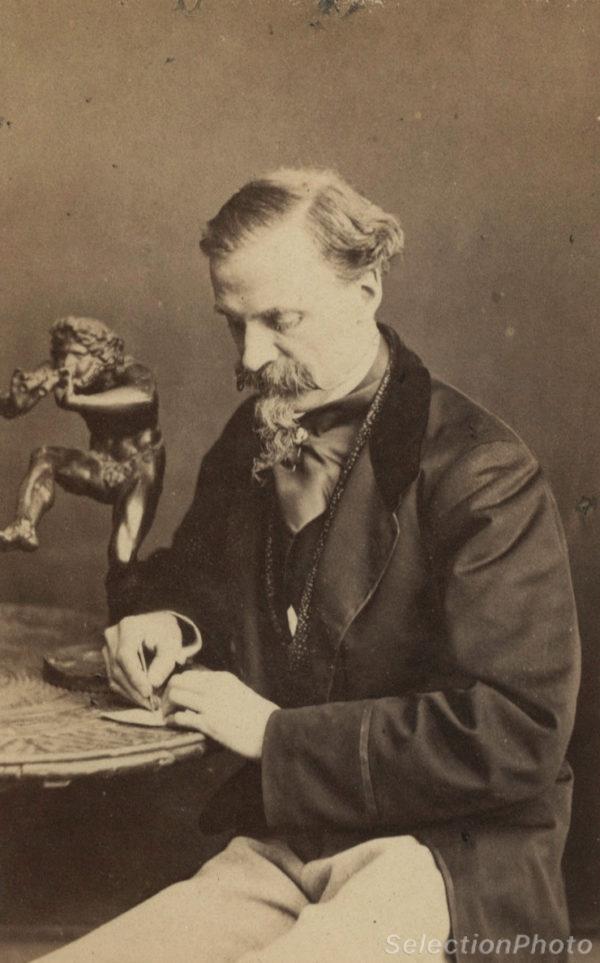 NADAR Portrait CHAM (Amédée de Noé) Caricaturiste - Tirage albuminé original format CDV ca 1870 en vente dans notre Galerie Selection Photo