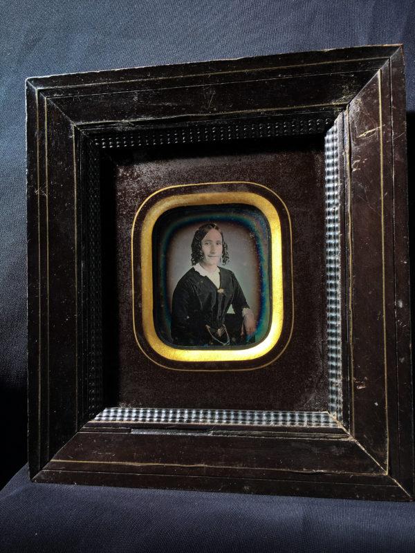 Pierre-Louis PIERSON - DAGUERREOTYPE 1/9e - Portrait d'une Jeune Femme - 6x7cm