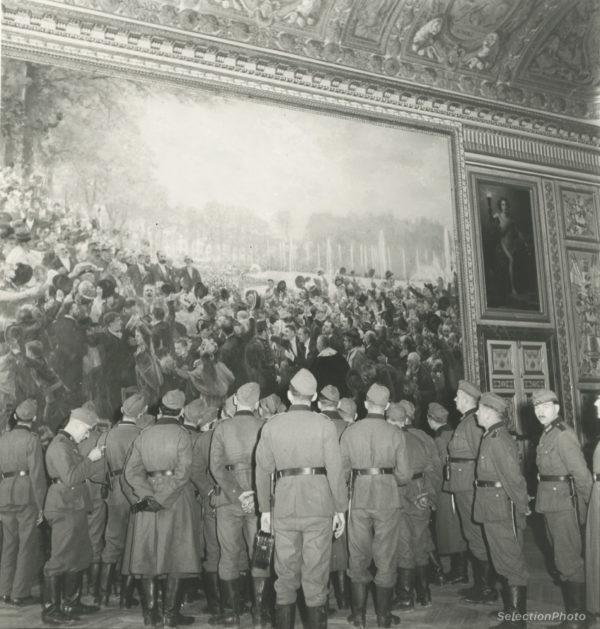Photo R. SCHALL - Soldats allemands à Versailles 1941 -Épreuve Originale 17x19cm