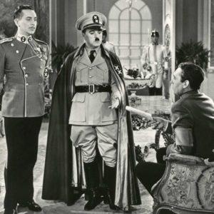 """Photo CHARLOT """"Le DICTATEUR"""" 1940 - Charlie CHAPLIN Tirage Argentique 26x17cm"""